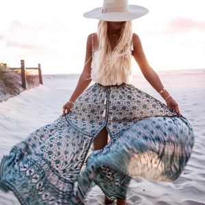 ISO Spell Kombi Sage Maxi Skirt wanted! (M-XL)